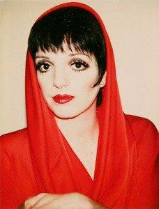 Liza habillée par Halston et photographiée par Warhol